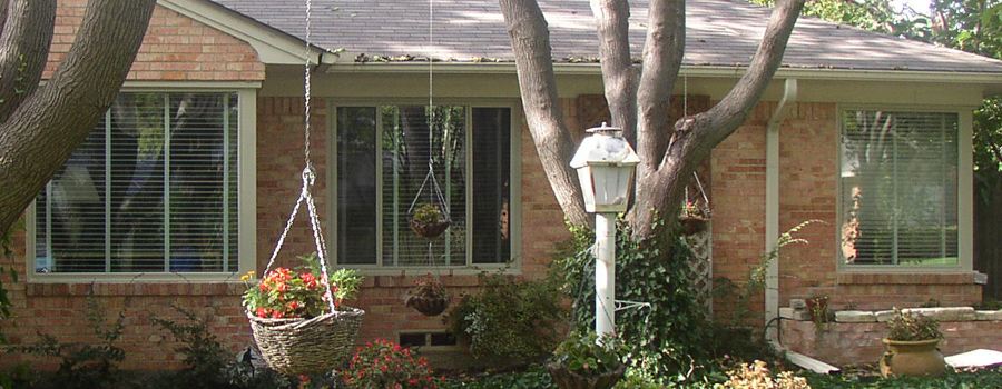 Alside vinyl windows are a Dallas area favorite but the installation is the key to making them look and work correctly.
