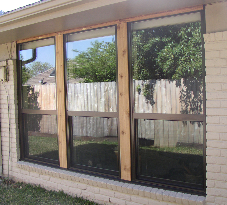 Single Hung Vinyl Replacement Windows in Dallas Texas